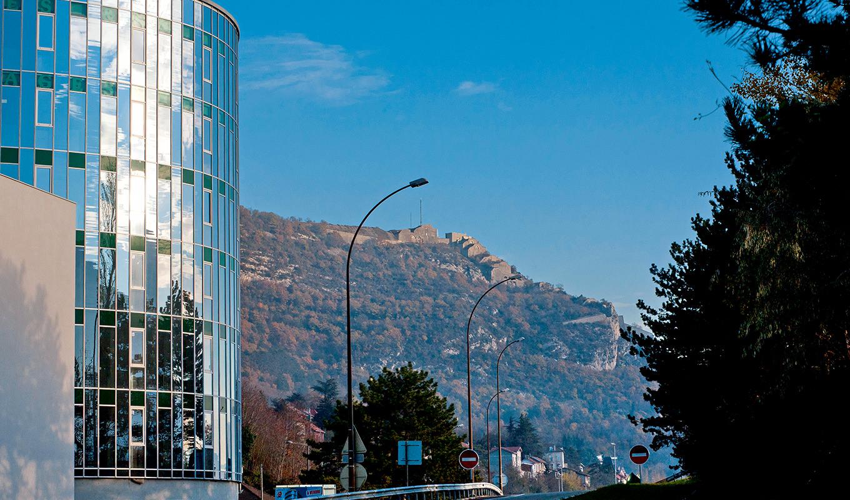 Grenoble bureaux neufs et commerces neufs