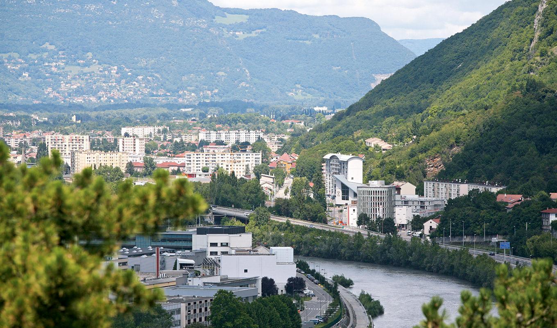 Grenoble Le Phare bureaux et commerces