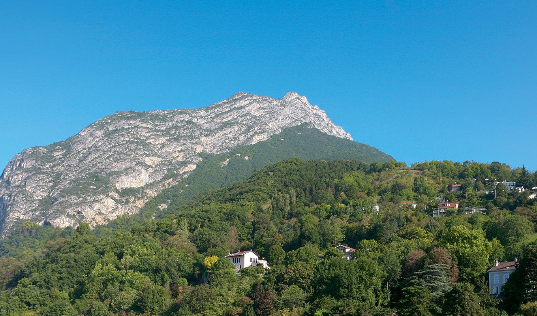Vue panoramique sur Grenoble des bureaux